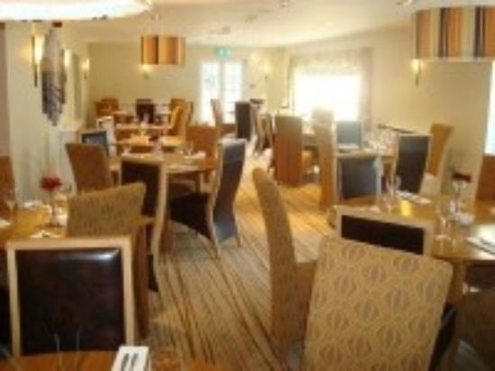 "The Britannia Inn: Delightful Dining in ""Waves Restaurant"""