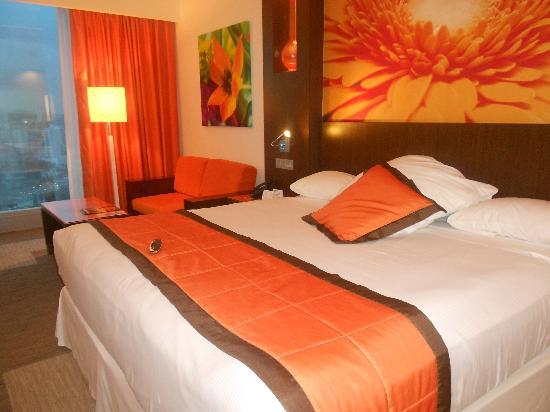 Hotel Riu Plaza Panamá: Quarto Riu Hotel