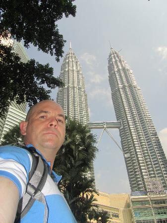 Sheraton Imperial Kuala Lumpur Hotel: Petronas towers within walking distance