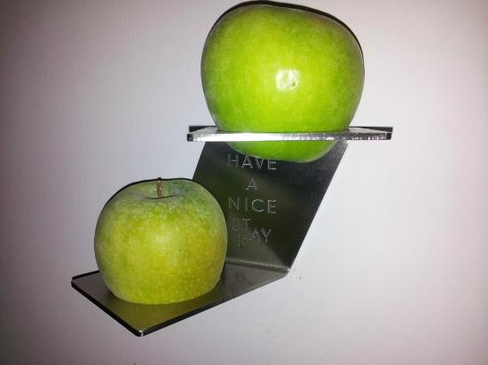 Arcotel Allegra Zagreb: Apple decoration