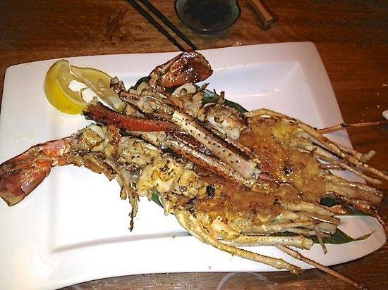 Tsukitei Japanese Dining: Prepared HUGE freshwater prawn!