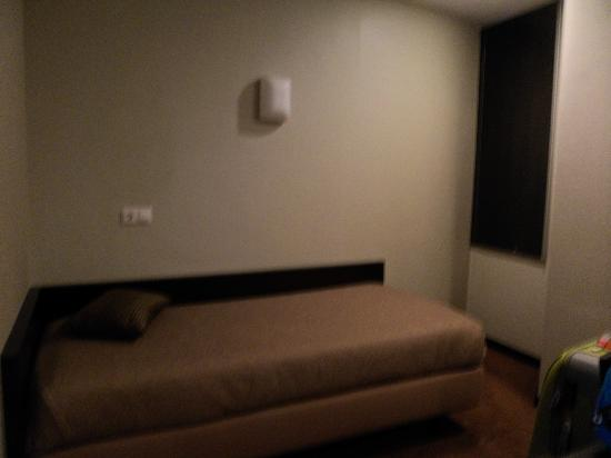 Hotel Expo Astoria: 3rd bed in triple room in a separate area