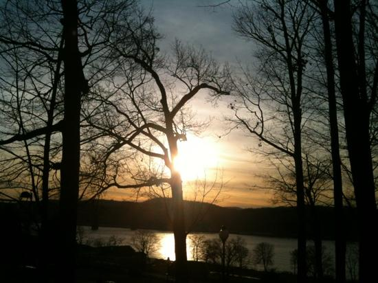 Marist College: Winter sunset over the Hudson, at Marist