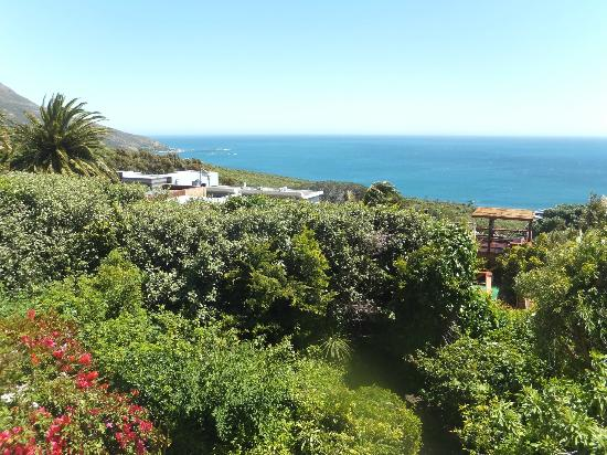 Cape Rose Cottage: View from Aquamarine Suite Balcony