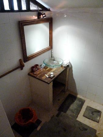 The Beach House Resort: bathroom