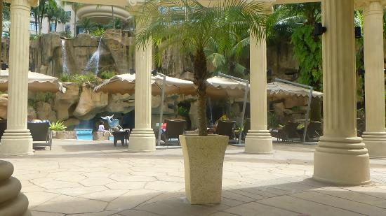 Sunway Resort Hotel & Spa: Pool area
