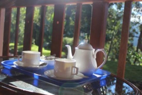 Bracknell Forest: Morning Tea Served!!!