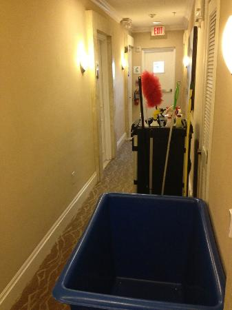 Blue Moon Hotel, Autograph Collection: The cart was left outside my room for my entire stay