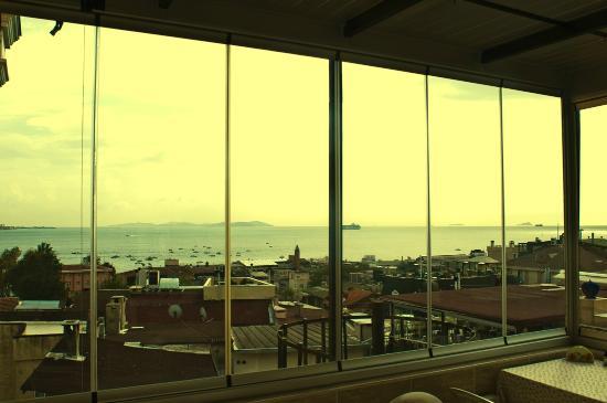 Hotel Ida: Terrace