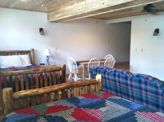 Wapiti Lodge: Cleveland Suite