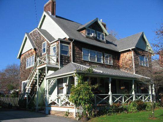 Front of Armistead Cottage