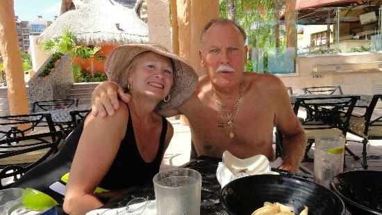 Villa del Palmar Cancun Beach Resort & Spa: Lunch on the terrace