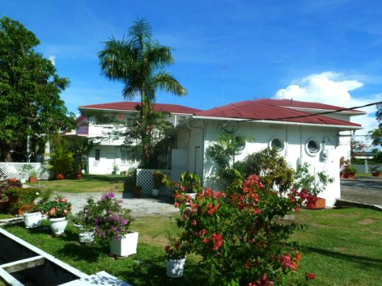 Herdmanston Lodge -- Guyana Hotels: Herdmanston Lodge
