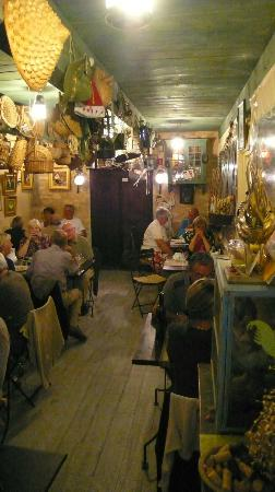 La Table du Meunier: Inside The Chicken Shed...