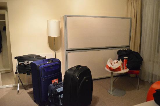 Thon Hotel Astoria: Camas adicionais apartamento triple/family