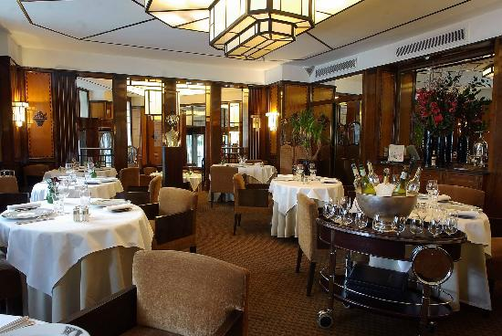 Restaurant le paris saint germain des pres restaurant for Restaurant cuisine francaise paris