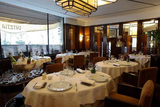 Excellent lunch picture of restaurant le paris paris for Restaurant cuisine francaise paris