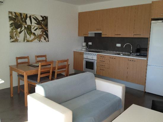 Carpe Diem Cadaqués: Apartamento para 4 personas - comedor/cocina