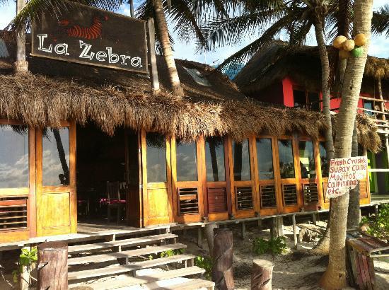 La Zebra Colibri Boutique Hotel: Breakfast is served