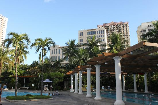 Century Park Hotel: The palm grove