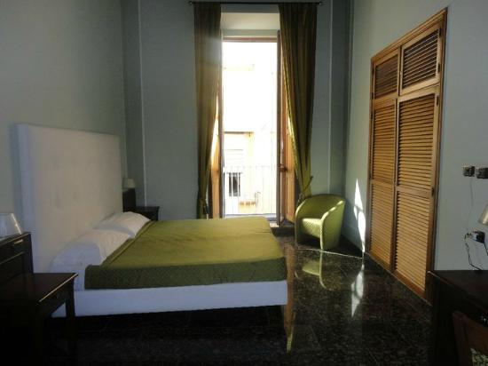 Le Stanze del Vicere': Beautiful room with balcony