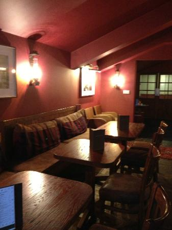 Chevin Country Park Hotel & Spa: The Bar in the Hotel