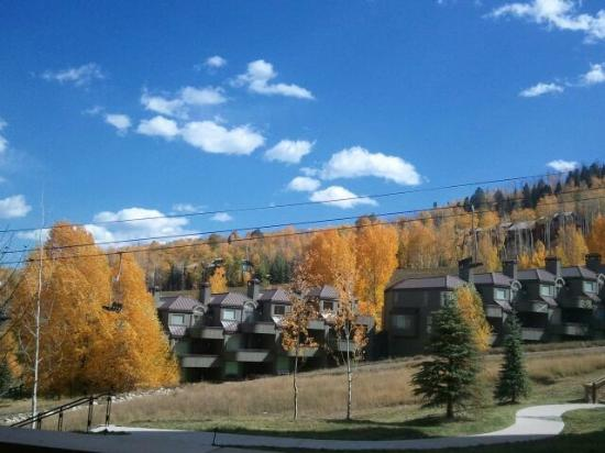 Viceroy Snowmass: Fall view