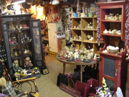 Country Cupboards And Home Decor At The Cottage Gift Shop Picture Of Cottage Gift Shop Elmira
