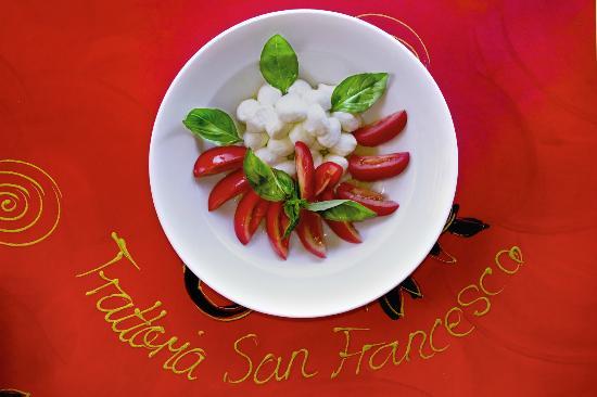 Trattoria San Francesco : Insalata Caprese