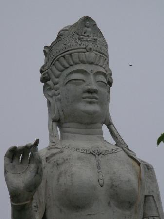 Nirasaki Heiwa Kannon Statue: Nirasaki, heiwa kan-non