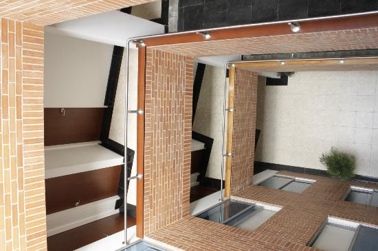 Hotel Real Estacion: espacio central