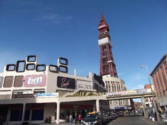 Restaurants Near Big Blue Hotel Blackpool