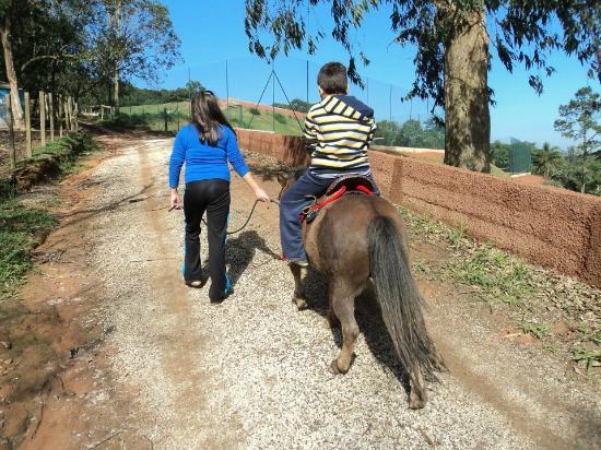 Espaco Terra Hotel: Passeio de ponei