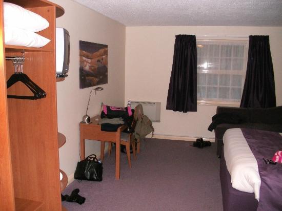 Premier Inn Lowestoft Hotel: Room View