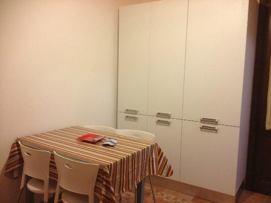 Gafada 2: convenient dining area