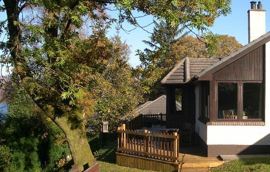 Seafield House Bed & Breakfast: Seafield house from a corner of the garden