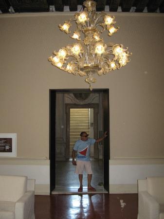 Hotel Palazzo Giovanelli: Chandelier