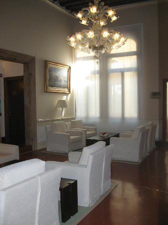 Hotel Palazzo Giovanelli: 2nd Floor Lounge