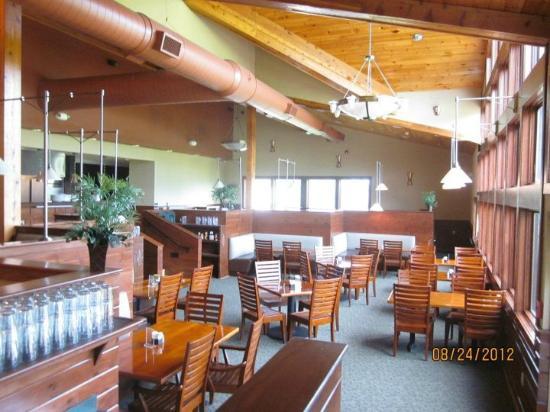 Bogey's Restaurant: Empty Restaurant