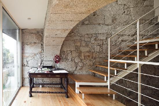 Casa dos Guindais: Welcome desk