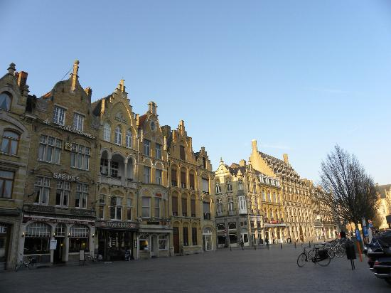 Hotel O Ieper - Grote Markt: Ypres