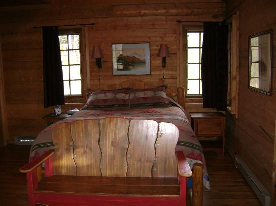 The Home Ranch: Cozy cabins