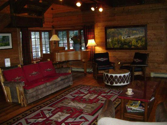 The Home Ranch: Lodge