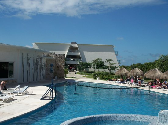 Grand Sirenis Riviera Maya Resort & Spa: Pool3