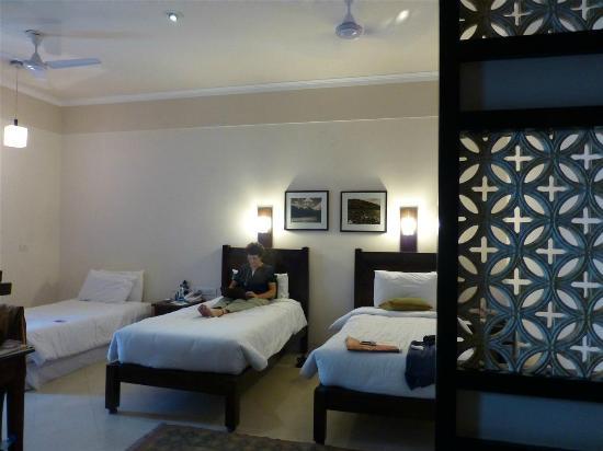 Mantra Amaltas: Bedroom