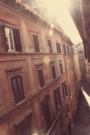 Navona Governo Vecchio : Utsikt från hotellrummet!