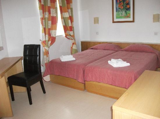 Club Salina Wharf: 2nd Bedroom