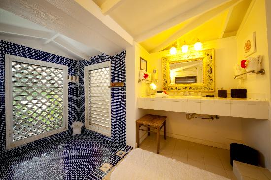 The Meridian Club Turks & Caicos: Sand Dollar Cottage Bathroom