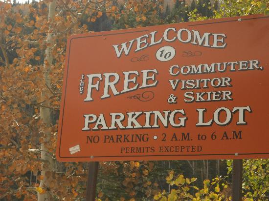 Main Street : Free parking in Telluride
