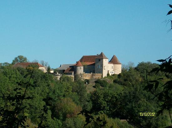 Chateau de Cantecor: Segun se llega